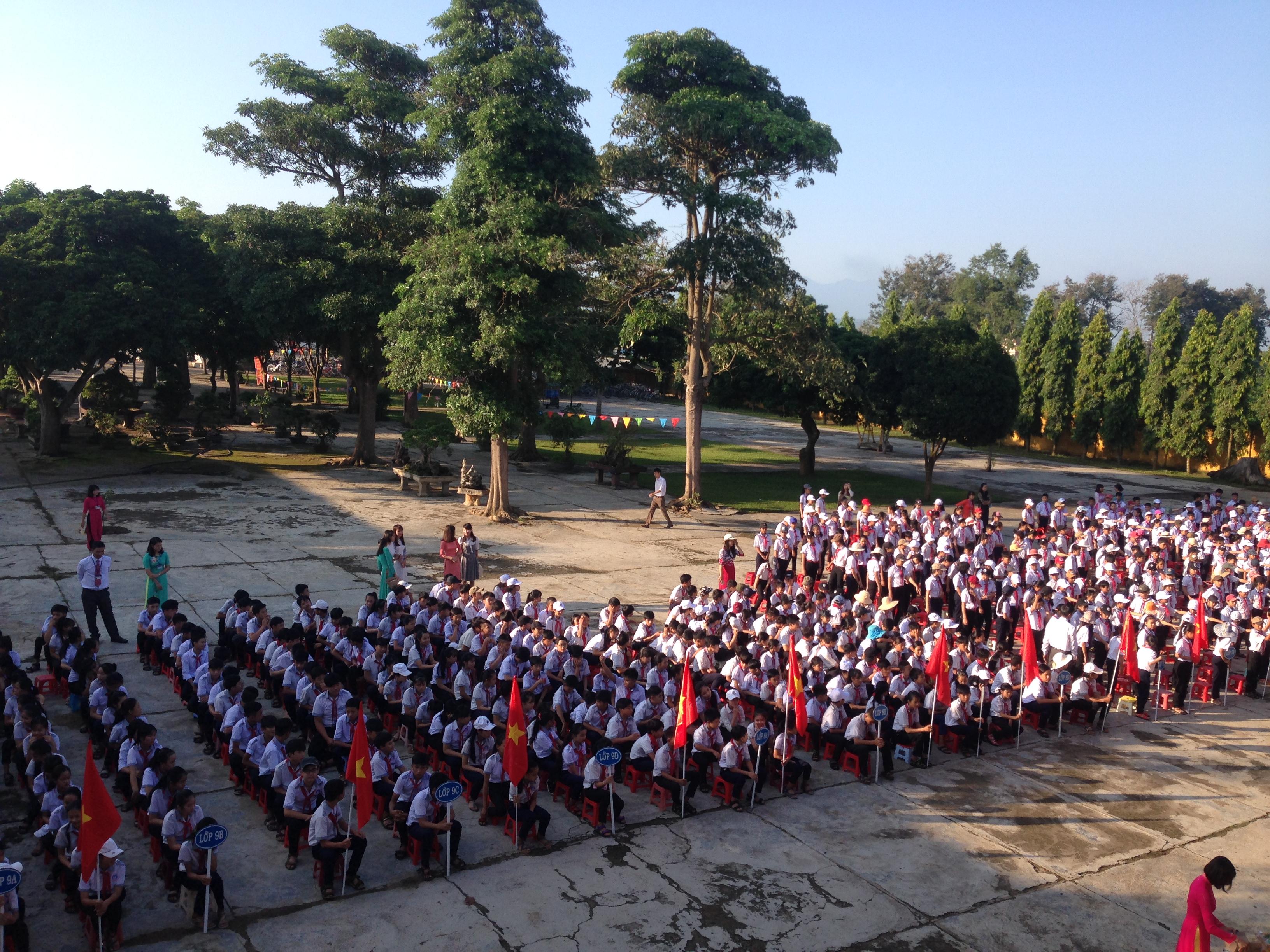 Toàn trường chuẩn bị sẵn sàng cho năm học mới 2017-2018